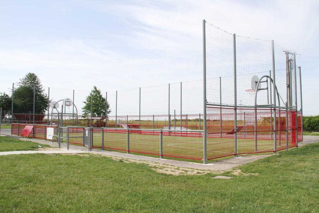 Le nouveau city-stade de Chenoise
